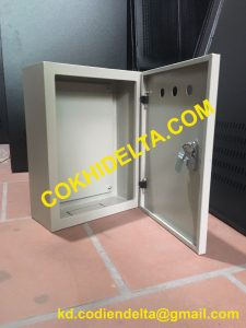 Báo Giá Vỏ Tủ Điện Trong Nhà 400x300x150 Một Lớp Cánh